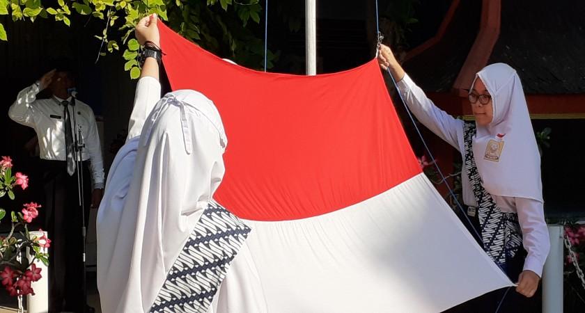 Upacara Hut RI Ke 74 Tahun 2019 SMP Muhammadiyah 4 Surakarta