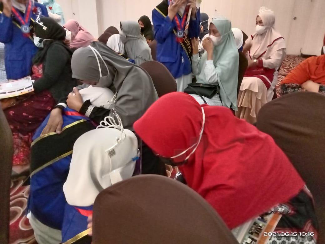 PROGRAM KHUSUS EXCELLENT CLASS SMP MUHAMMADIYAH 4 SURAKARTA (MUPATSKA) ADAKAN WISUDA TAHFIDZ